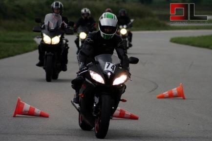 Motoškola - Kurz bezpečnej jazdy na motorke - Zážitkové darčeky ... d90c932223