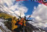 paraglidingový let