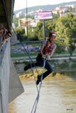 skok z mosta na lane