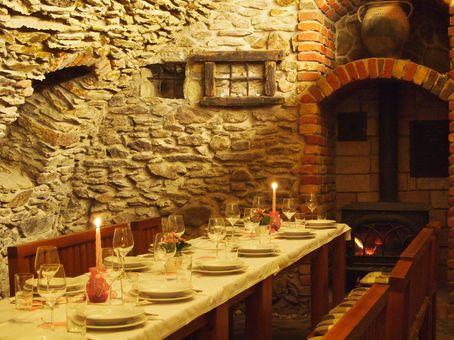 Degustácia vína v historickej pivnici