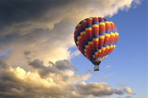 Let balónom