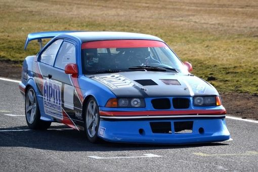 Pretekárom v reálnych pretekoch na BMW špeciáli