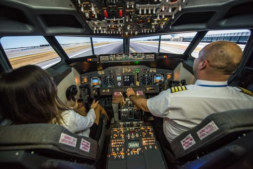 Letecký simulátor - Pilotovanie Boeingu 737