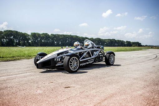 Ariel Atom - Jazda na jednom z najrýchlejších áut na svete