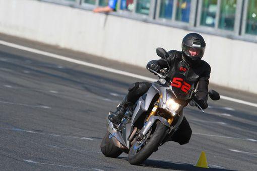 Motoškola - Kurz bezpečnej jazdy na motorke