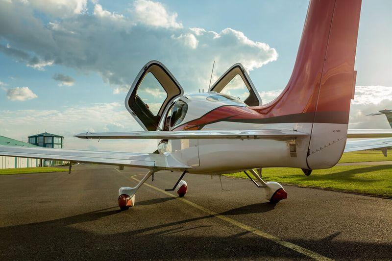 Pilotovanie lietadla na skúšku