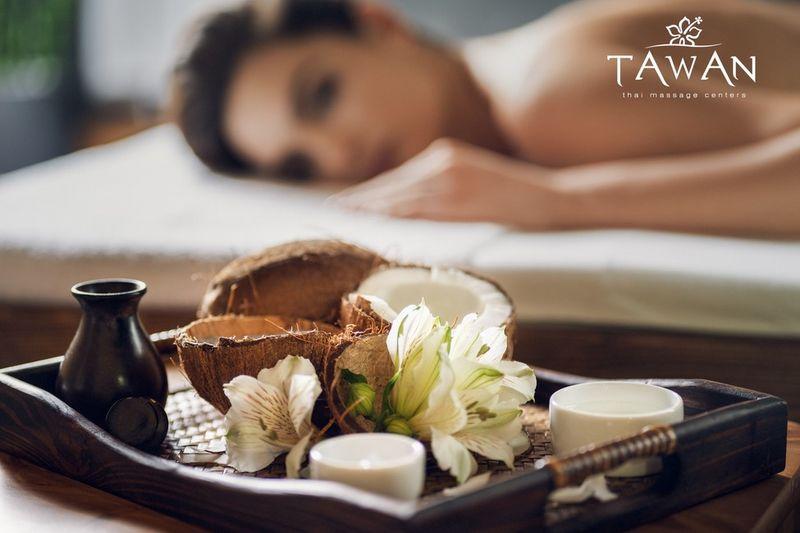 Thajská masáž kokosovým olejom